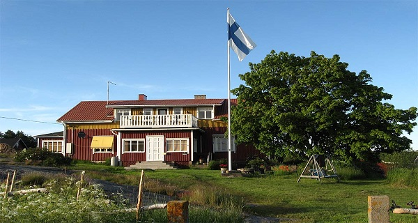 Nötö - The Guesthouse of Backaro